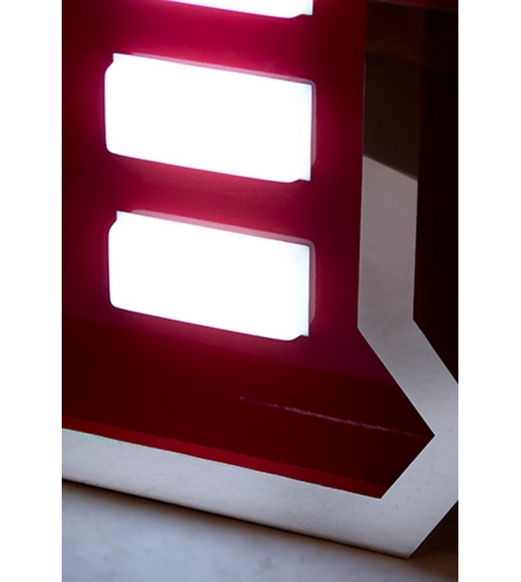 Graphic Collection ‐ Letter P Lampe à LED DelightFULL