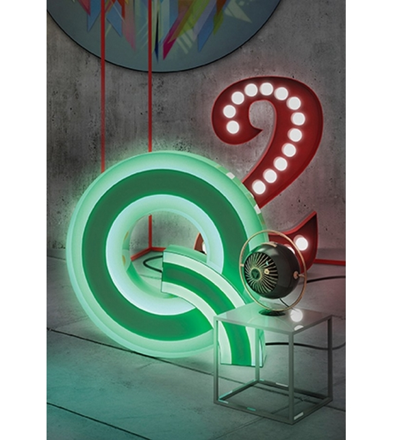 Graphic Collection ‐ Letter Q Neon DelightFULL