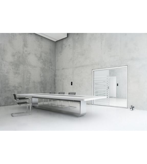 S 8000 Thonet Table
