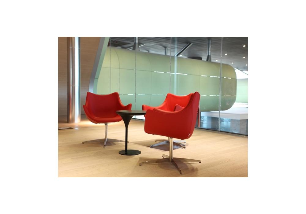 basket petit fauteuil pivotant moroso milia shop. Black Bedroom Furniture Sets. Home Design Ideas