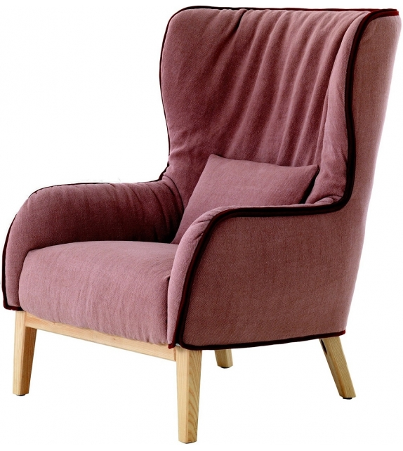 Bergère Armchair With Wooden Base DePadova