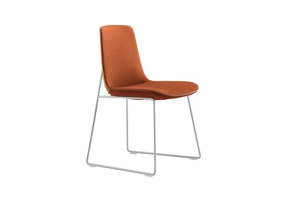 ventura chaise avec traineau poliform milia shop. Black Bedroom Furniture Sets. Home Design Ideas