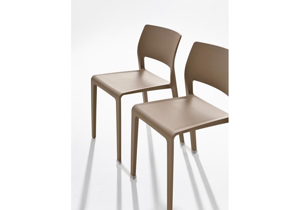 Juno arper sedia con schienale aperto milia shop - Schienale sedia ...