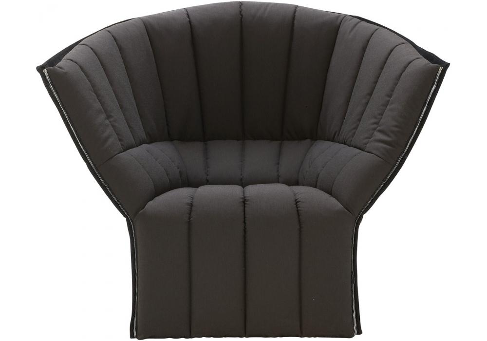 moel ligne roset fauteuil avec dossier haut milia shop. Black Bedroom Furniture Sets. Home Design Ideas