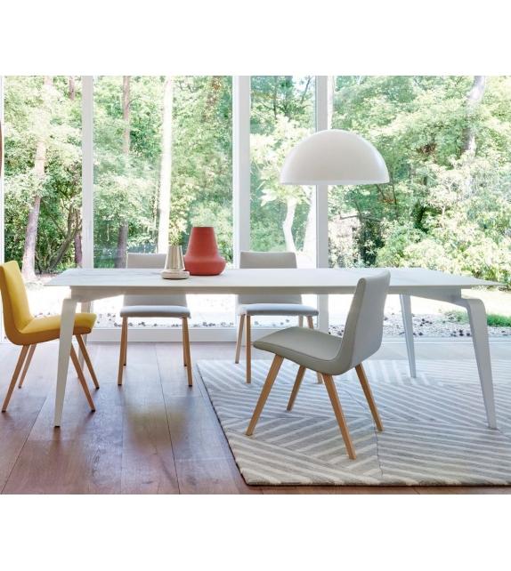 odessa ligne roset tisch mit platte aus keramik steinzeug milia shop. Black Bedroom Furniture Sets. Home Design Ideas