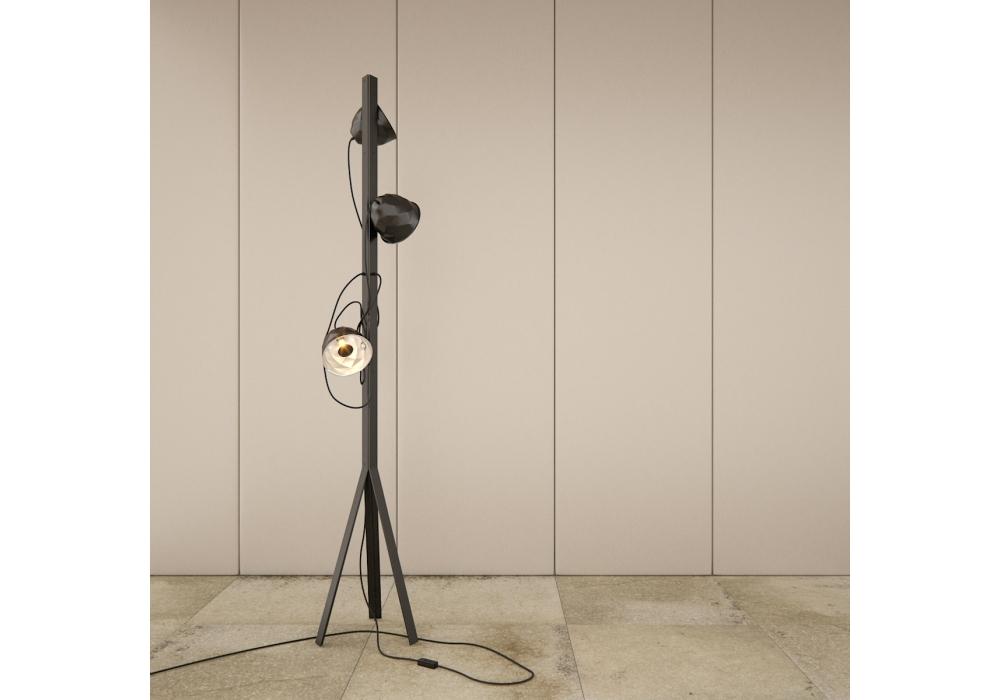 trepied ligne roset lampadaire milia shop. Black Bedroom Furniture Sets. Home Design Ideas