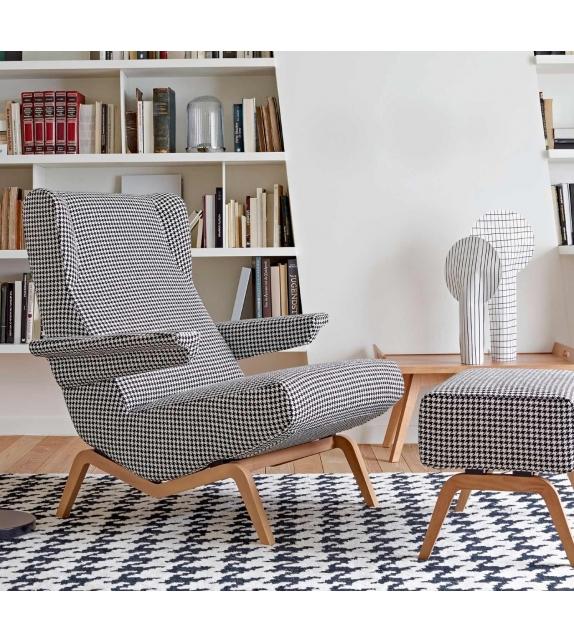 archi ligne roset poltrona con base in legno milia shop. Black Bedroom Furniture Sets. Home Design Ideas