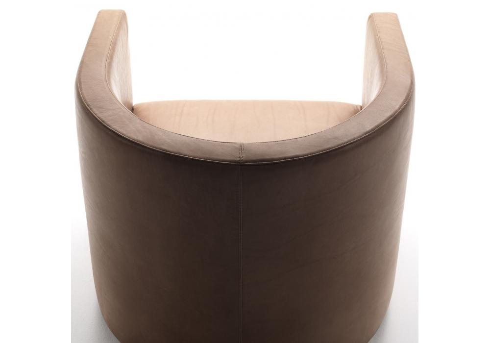 Confident living divani fauteuil milia shop for Fauteuil confident