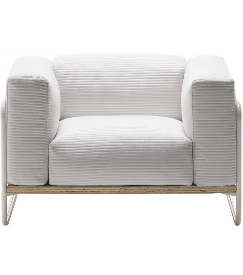 Filo outdoor living divani armchair milia shop for Divani outdoor outlet