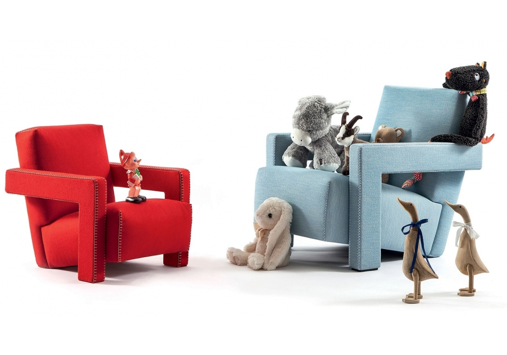 637 Baby Utrecht Cassina Armchair - Milia Shop