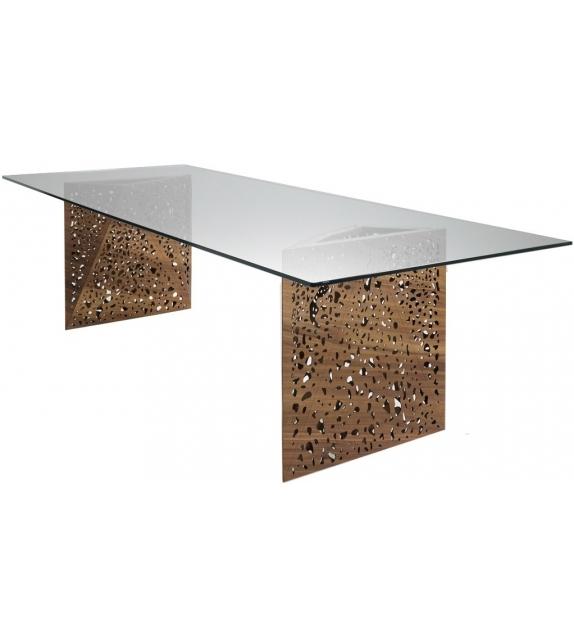 Riddled Table Horm Tisch