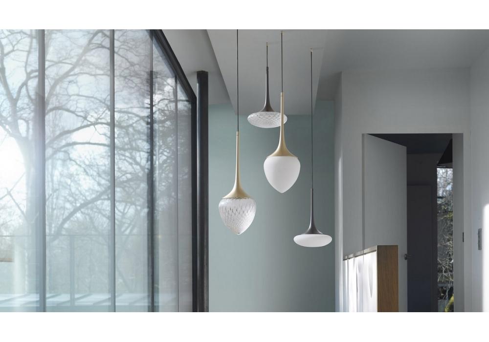 louis cvl luminaires lampada a sospensione milia shop. Black Bedroom Furniture Sets. Home Design Ideas