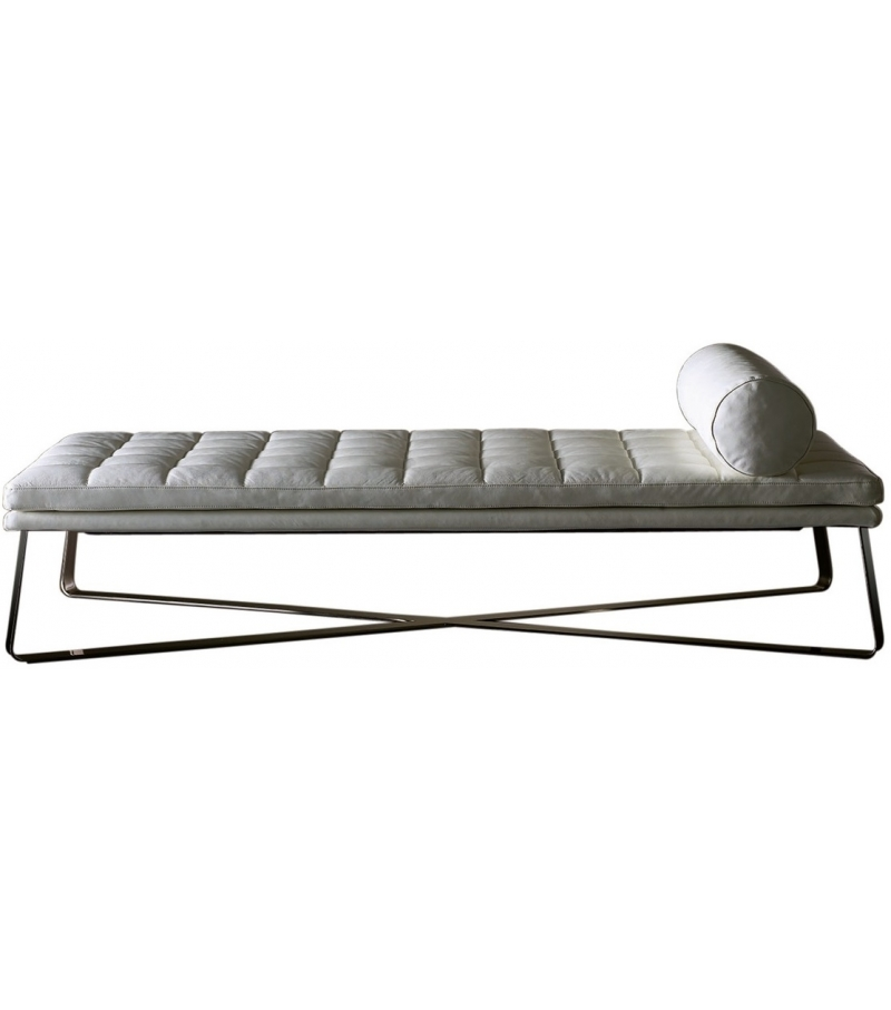 Lolyta meridiani day bed milia shop for Chaise longue day bed
