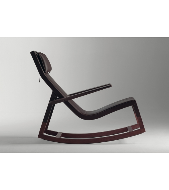 Don 39 do rocking chair poltrona frau milia shop for Chaise longue frau