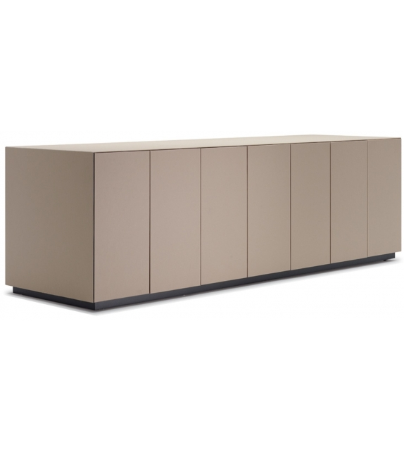 C.E.O. Cube Desk Poltrona Frau Sideboard