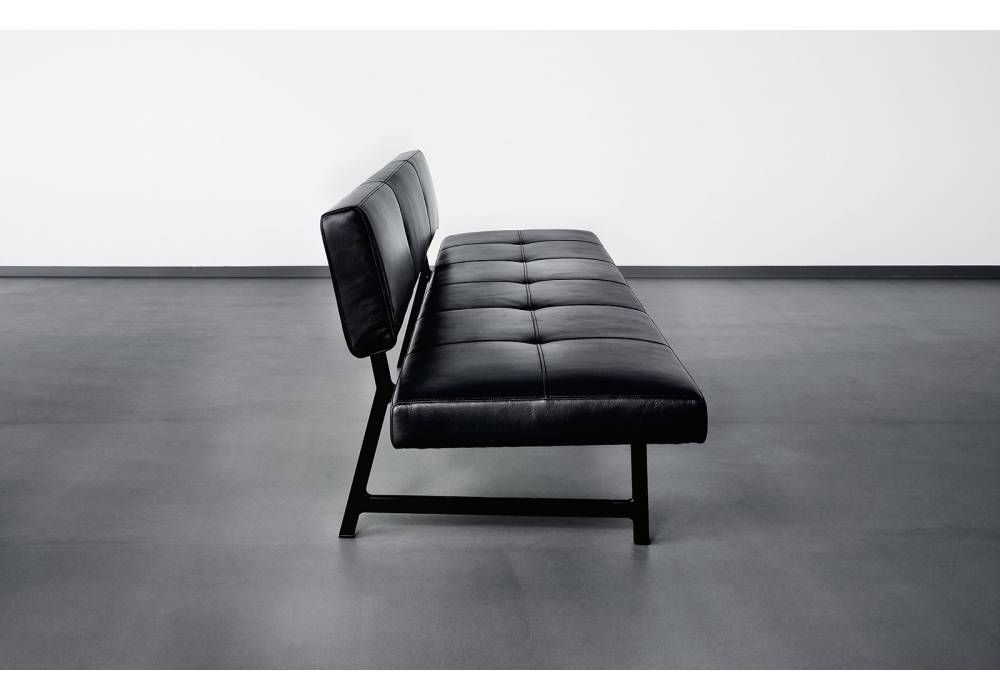 Foster 510 Walter Knoll Bench Milia Shop