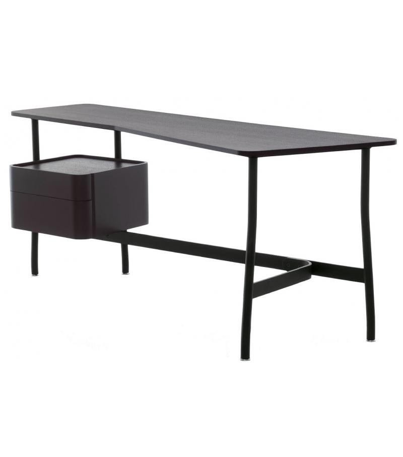 L40 Sled Cassina Schreibtisch
