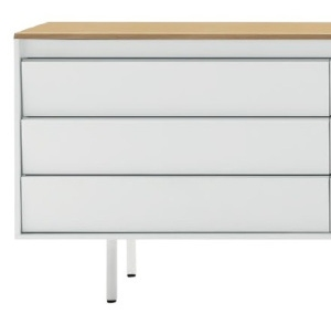 With 3 drawers