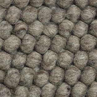 Peas_ Dark grey