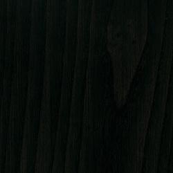 Schwarz lackierte Eschenholz