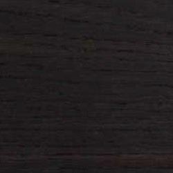Dunkel wärmebehandelte Eichenholz